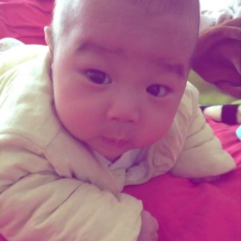宝宝三个月