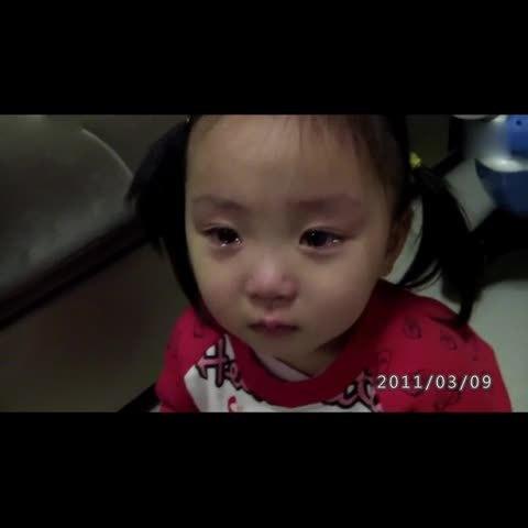 宝宝#可爱双胞胎小北鼻学说话