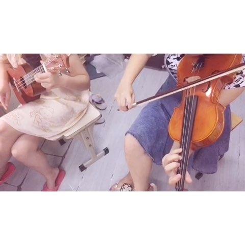 尤克里里&小提琴《童年》圖片