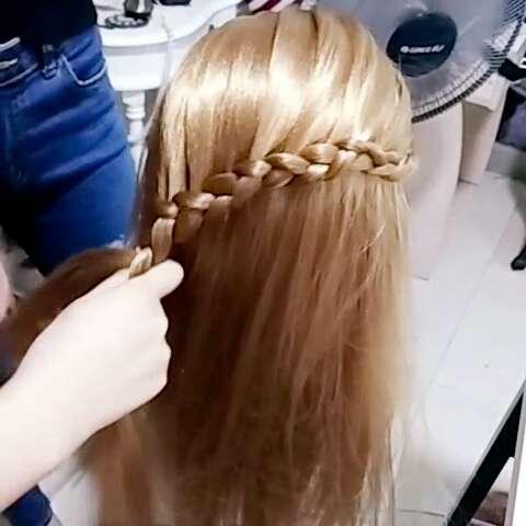 化妆蝴蝶结编发!西奈发型篇